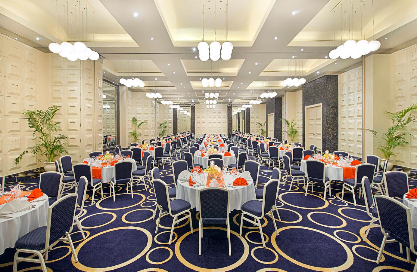 Monte-Carlo-Ballroom—Banquet-Setup