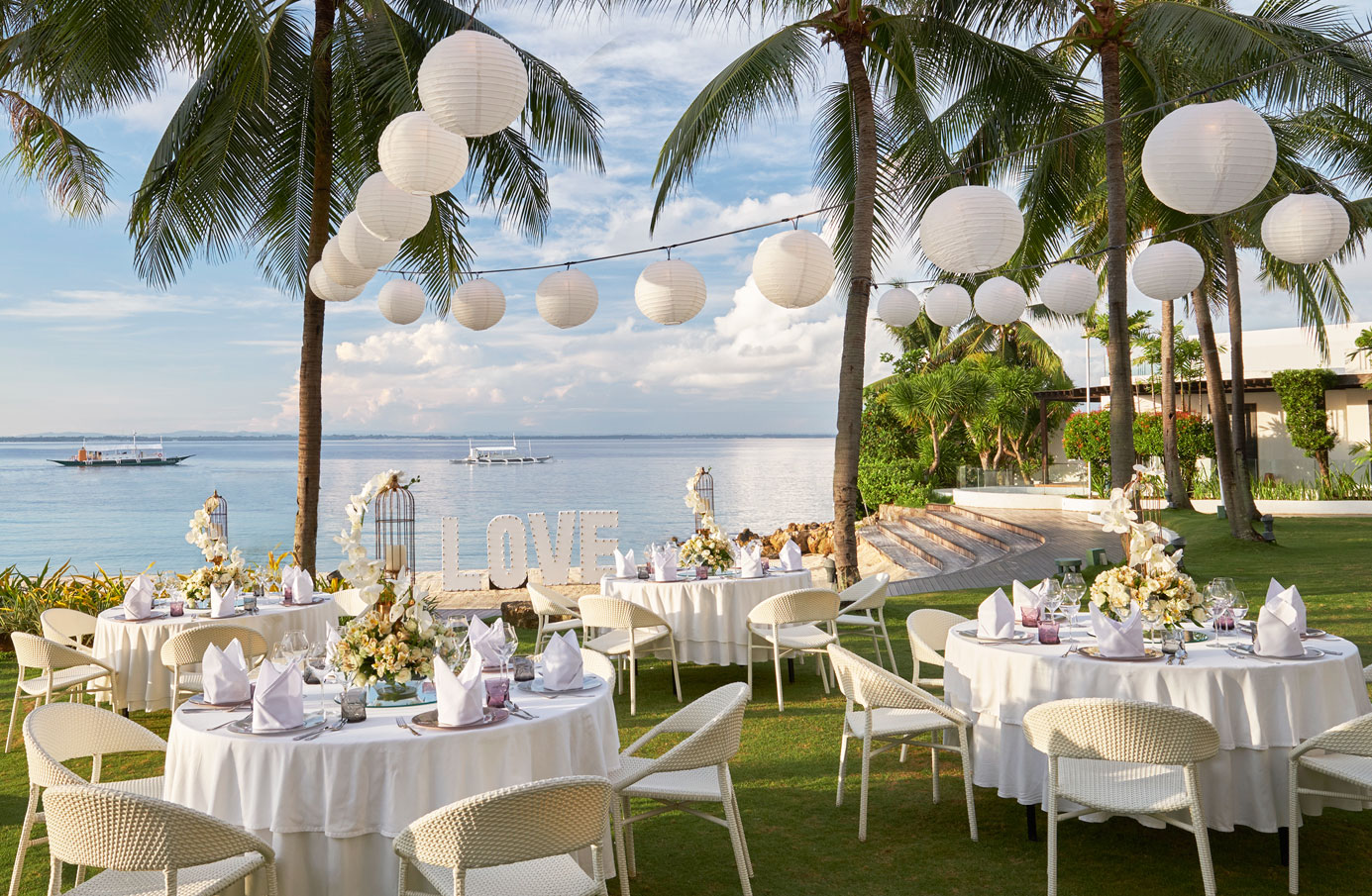 Wedding-reception-at-the-Beach-Garden