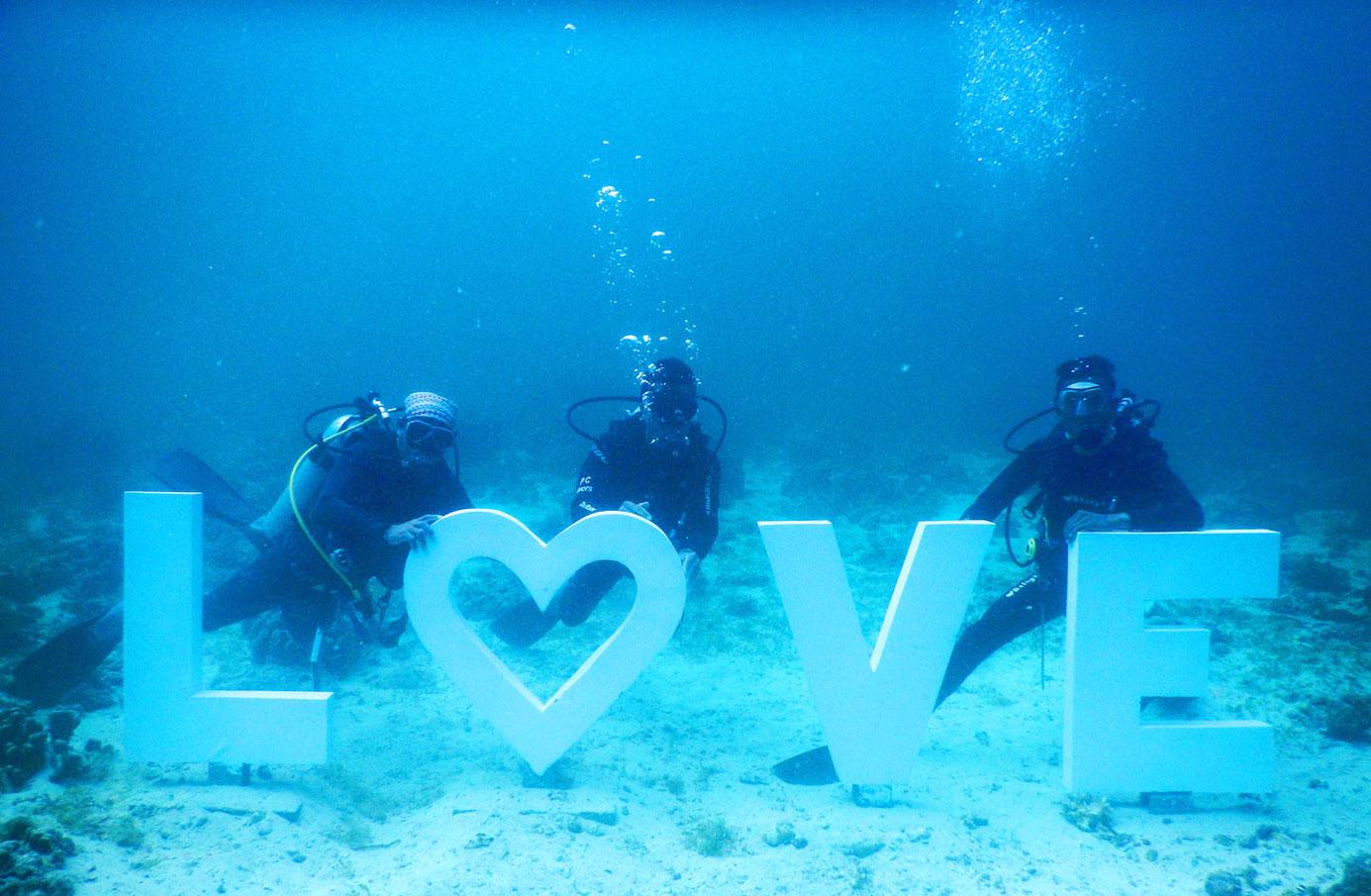 underwater-wedding-cebu (2)