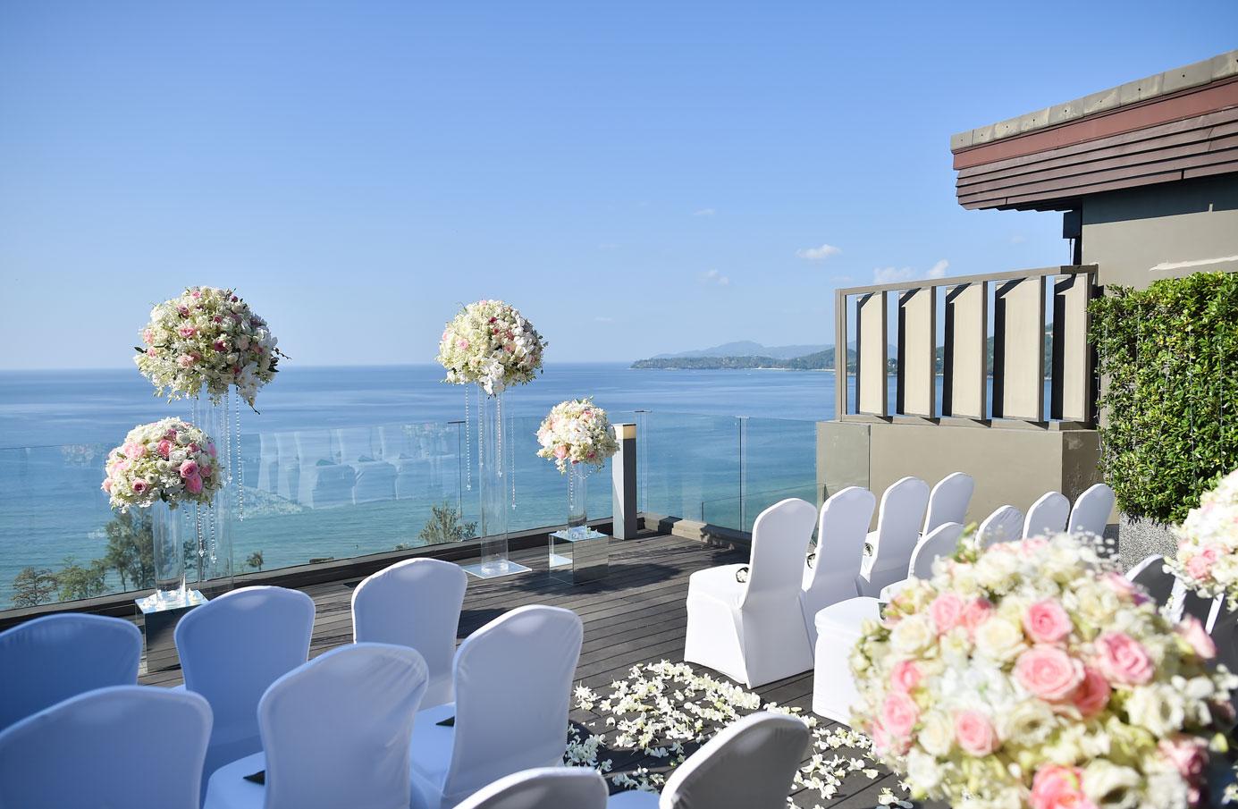 PHUHR_P253_Wedding_Ceremony_Hilltop_Regency_Suite_Terrace