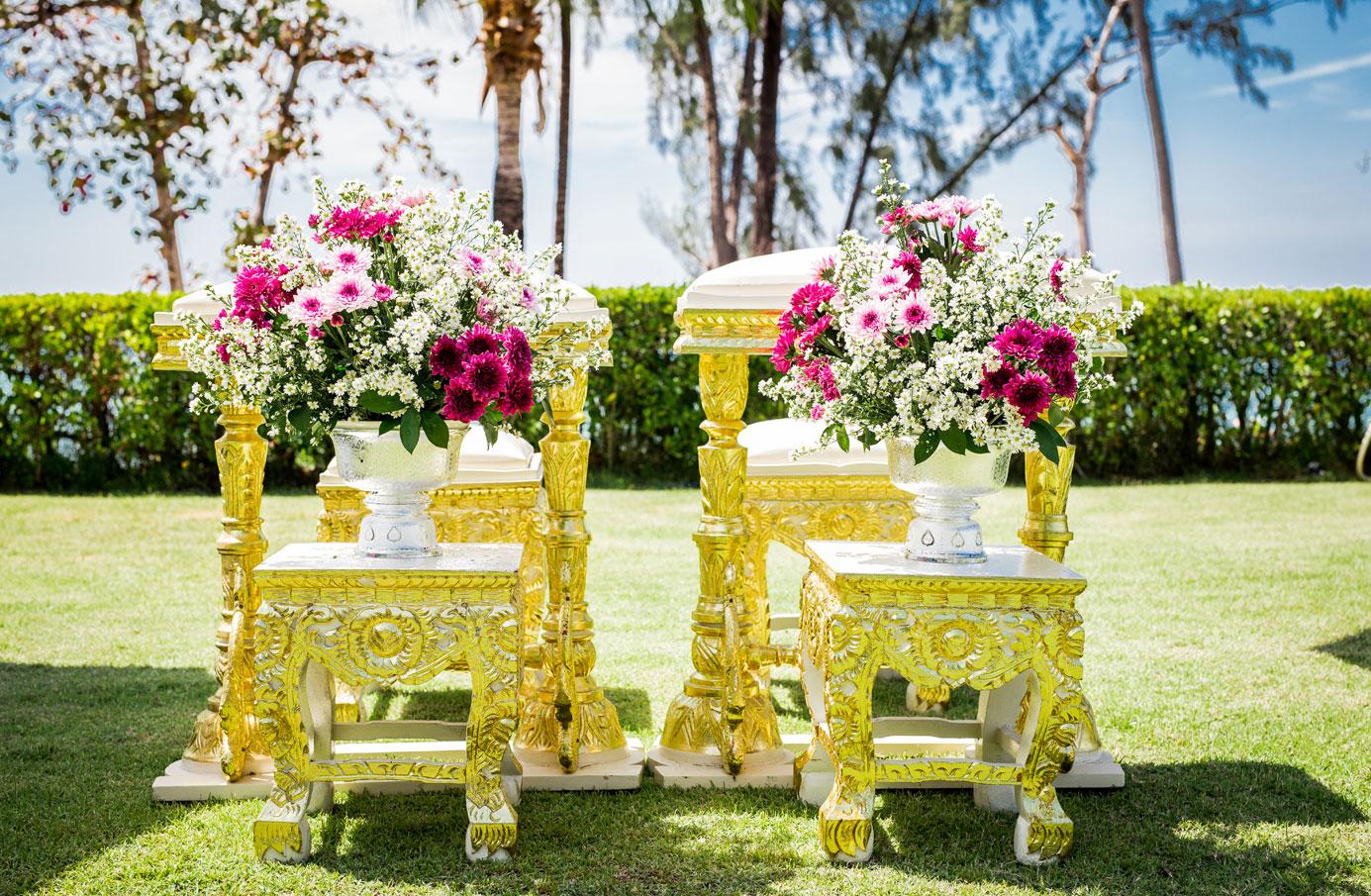 PHUHR_P342_Thai_Wedding_Centerpiece