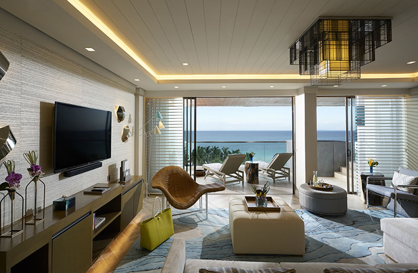 discovery-shores-room (2)